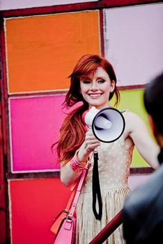 Love the vibrancy and colour of Kate Spade advertising campaigns? Then you'll enjoy this look at Kate Spade ads retrospective in our Luscious photo gallery. Bold Fashion, Fashion Photo, Bryce Dallas Howard, Kate Spade, Jessica Chastain, Beautiful Redhead, Advertising Campaign, Playing Dress Up, Red Hair