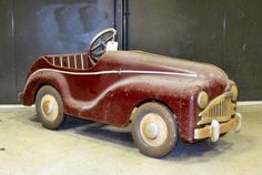 ANTIQUE TRIANG PEDAL CARS | ANTIQUE CAR