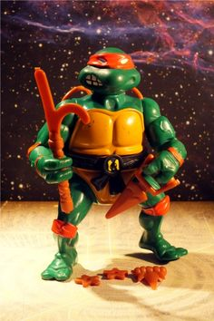 Will loves to play with my old set of TMNT. 90s Childhood, My Childhood Memories, Michelangelo, Retro Toys, Vintage Toys, Tmnt, Cartoon Toys, 80s Kids, Classic Toys