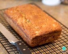Aprenda a preparar pão com farinha de arroz e fécula de batata com esta excelente e fácil receita. No TudoReceitas ensinamos você a fazer um pão sem glúten, pensando...