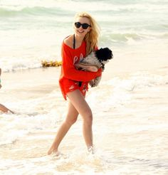 Peyton List at the beach! Look at her puppy soo cute!