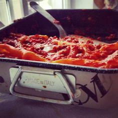 Carnevale is coming...   A carnevale ogni lasagna vale....   #pastagragnoro #pasta #carnevale #lasagna #primipiatti #madeinitaly🇮🇹 #welovepasta  Seguici anche su facebook: www.facebook.com/gragnoro