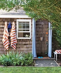 outdoor shower, Martha Stewart
