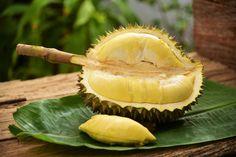 awesome Экзотический фрукт Дуриан — Как выглядит и чем пахнет? (фото) Check more at https://dnevniq.com/durian-frukt-foto/