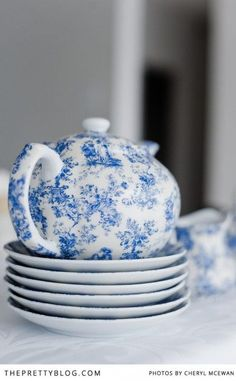 Sweet teapot....Contemporary baby shower for a boy - The Pretty Blog