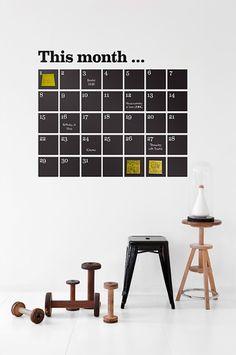Ferm Living Musta Ferm Living Stickers Calendar, sisältää liidut ja post-it-la