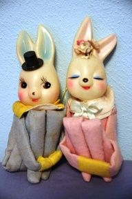 easter A delightfully cute pair of vintage Bunny Knee Huggers. Vintage Easter, Vintage Holiday, Vintage Candy, Hoppy Easter, Easter Bunny, Easter Toys, Easter Parade, Easter Celebration, Paperclay