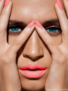 Summer beauty inspiration: Crazy for coral