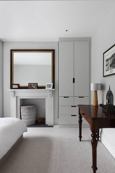Victorian Family House in London Gets Fresh Redesign 9 Victorian Terrace Interior, Victorian House Interiors, Victorian Bedroom, Victorian Homes, Loft Conversion Victorian Terrace, Modern Bedroom Design, Modern Room, Boudoir, London House
