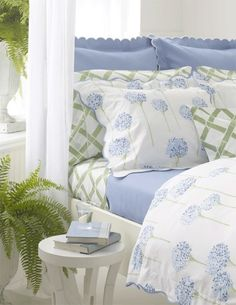 Soft, restful colours for a good night's sleep.