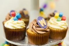 Cupcakes at a Willy Wonka Party #willywonka #party