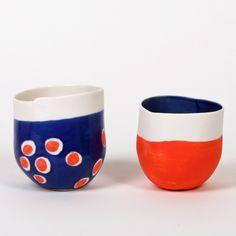 Colorful pottery pieces | Piezas coloridas de cerámica