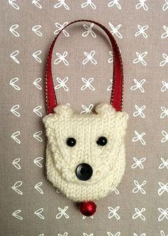 Ravelry; free knitting pattern for tiny polar bear purse