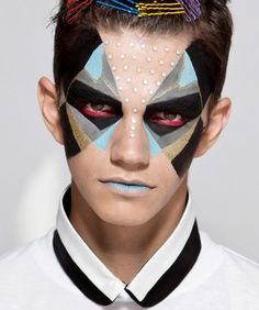 Halloween make-up for the man - scary ideas for him ✿ ✿ Halloween is just around the corner and sometimes the best costumes start with the artwork . on your face! Male Makeup, Makeup Art, Makeup Ideas, Men With Makeup, Beard Makeup, Eyeliner Makeup, Makeup Tips, Make Carnaval, Make Up Designs