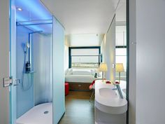 Micro Hotels Citizen M 1 • TheCoolist - The Modern Design Lifestyle Magazine