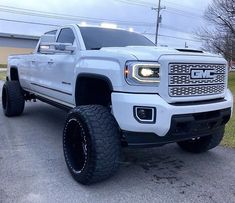 jacked up trucks Chevrolet Silverado, Chevy Duramax, Chevy Diesel Trucks, Chevy Pickups, Chevy 4x4, Gmc Suv, Dodge Cummins, Lifted Duramax, Gmc Diesel