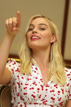 Margot Robbie poster, mousepad, t-shirt, Cabelo Margot Robbie, Margot Elise Robbie, Margo Robbie, Margot Robbie Harley Quinn, Margot Robbie Poster, Tonya Harding, Embellished Gown, Cuthbert, Just Girl Things