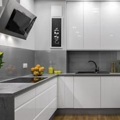 Find the best kitchen design, ideas & inspiration to match your style. Browse through images of kitchen islands & cabinets to create your perfect home. Kitchen Room Design, Best Kitchen Designs, Modern Kitchen Design, Home Decor Kitchen, Interior Design Kitchen, New Kitchen, Kitchen Ideas, Glossy Kitchen, Modern Kitchen Cabinets