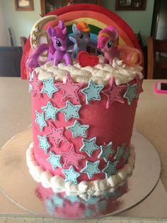 My Little Pony Rainbow Pinata Cake