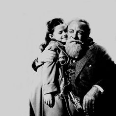 miracle on 34th street (1947). classic.