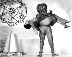 This Island Earth is a 1955 American science fiction film directed by Joseph M. Sci Fi Films, Horror Films, Fiction Movies, Science Fiction, Faith Domergue, Earth Two, Classic Sci Fi, Classic Films, Film Archive