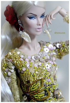 https://flic.kr/p/JpPjLL   Vanessa wearing kebaya by Ahmad syahroni