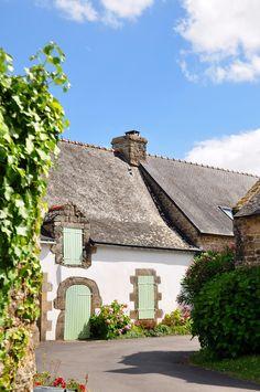 Ile d'Arz, Bretagne by G.