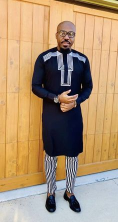 Glamorous, Trendy and Stunning Native Dresses for Men African Shirts For Men, African Dresses Men, African Attire For Men, African Clothing For Men, African Wear, African Style, African Outfits, Nigerian Men Fashion, African Men Fashion