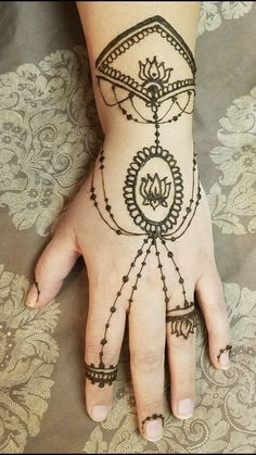 107 Best Creative Unique Henna Tattoo Images On Pinterest In 2019