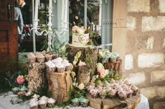 What a gorgeous wedding cake for this wonderful bride and groom.Zavion Kotze Events Company -Weddings, Luxury Weddings, Bride to be, Wedding day, bride, wedding flowers, wedding hour, wedding season, decor, décor.