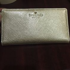 "Spotted while shopping on Poshmark: ""Kate Spade Gold Wallet""! #poshmark #fashion #shopping #style #kate spade #Clutches & Wallets"