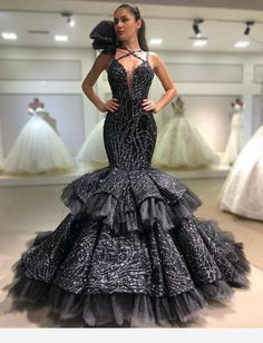 Attractive Gowns You Should Copy - Vincisjournal Dresses Elegant, Black Prom Dresses, Prom Party Dresses, Pageant Dresses, Beautiful Dresses, Formal Dresses, Wedding Dresses, Celebrity Gowns, African Dress