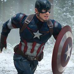 Movies: Marvel brings Captain America: Civil War to Disney's D23 Expo