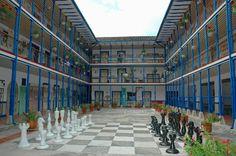 Gobernación, atiende puntos críticos en 3 municipios del departamento