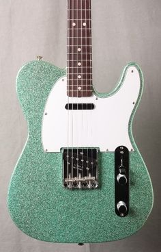Wow. I have dreamt about this guitar!