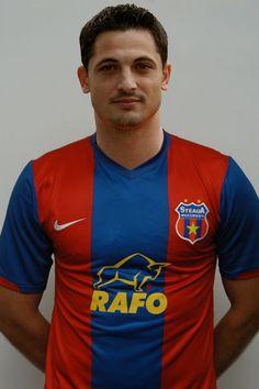mirel radoi, the captain Polo Shirt, T Shirt, My Images, Polo Ralph Lauren, Sports, Mens Tops, Google, Fashion, Bucharest