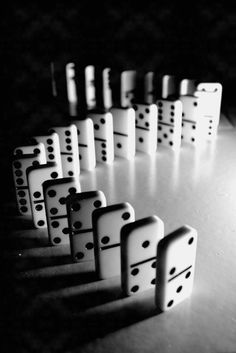 I wan to play Dominoes...Right NOW!
