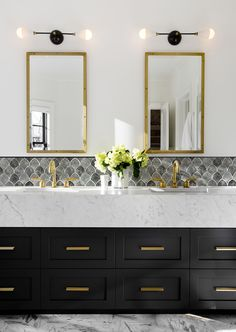 Gold Bathroom Fixtures parts can add a touch of favor and design to any residence. Gold Bathroom Fixtures can imply many issues to many individuals… Bathroom Lighting Design, Bathroom Interior Design, Bathroom Mirror Design, Restroom Design, Modern Bathroom Design, Bathroom Designs, Modern Classic Bathrooms, Small Bathroom, Bathroom Ideas