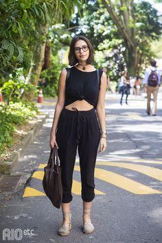 A Maria Flexa é estudante de Design e está realizando um projeto relacionado ao feminismo. Vem ver: