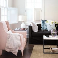 Spring Cleaning 360°: The Living Room Whether it's the family room, the TV room, or a more formal spot, it needs a proper cleaning to be cozy and comfortable.