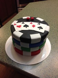 Poker cakes / las vegas / casino / gambling gambling cake th Vegas Casino, Casino Night, Casino Theme Parties, Casino Party, Vegas Party, Poker Cake, Poker Party, Casino Cakes, Breakfast For Kids