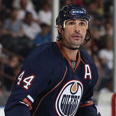 Sheldon Souray -- I like him MUCH BETTER in a Dallas Stars jersey :)