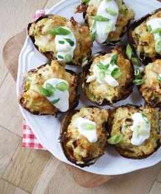 These cheese and bacon stuffed potato skins are a lightened up version of this classic. Slimming World Potato Skins, packed with veg but still decadent!