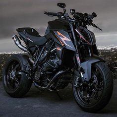 Motorcross Bike, Enduro Motorcycle, Moto Bike, Motorcycle Design, Yamaha Bikes, Yamaha Motorcycles, Cars And Motorcycles, Ktm Super Duke, Duke Bike