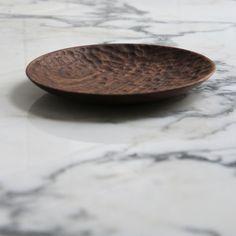 carved_walnut_plate_03.jpg
