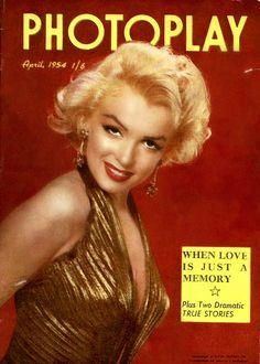 1954 April edition: Photoplay (Australian) magazine cover of Marilyn Monroe . Magazine Advert, Movie Magazine, Magazine Images, Hollywood Magazine, Joe Dimaggio, Gentlemen Prefer Blondes, Marilyn Monroe Photos, Norma Jeane, Vintage Movies