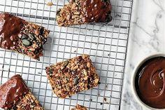 Forvandl dit gamle rugbrød til en lækker eftermiddagssnack