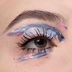 #makeup #eyeshadow #color #colorful