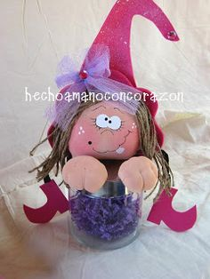 HAPPILY CRAFTING BY LUPITA: September 2010 Dulceros Halloween, Adornos Halloween, Halloween Pictures, Halloween Makeup, Halloween Classroom Decorations, Christmas Decorations, Christmas Ornaments, Holiday Crafts, Holiday Decor