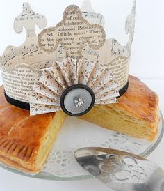 how to make a vintage inspired paper crown